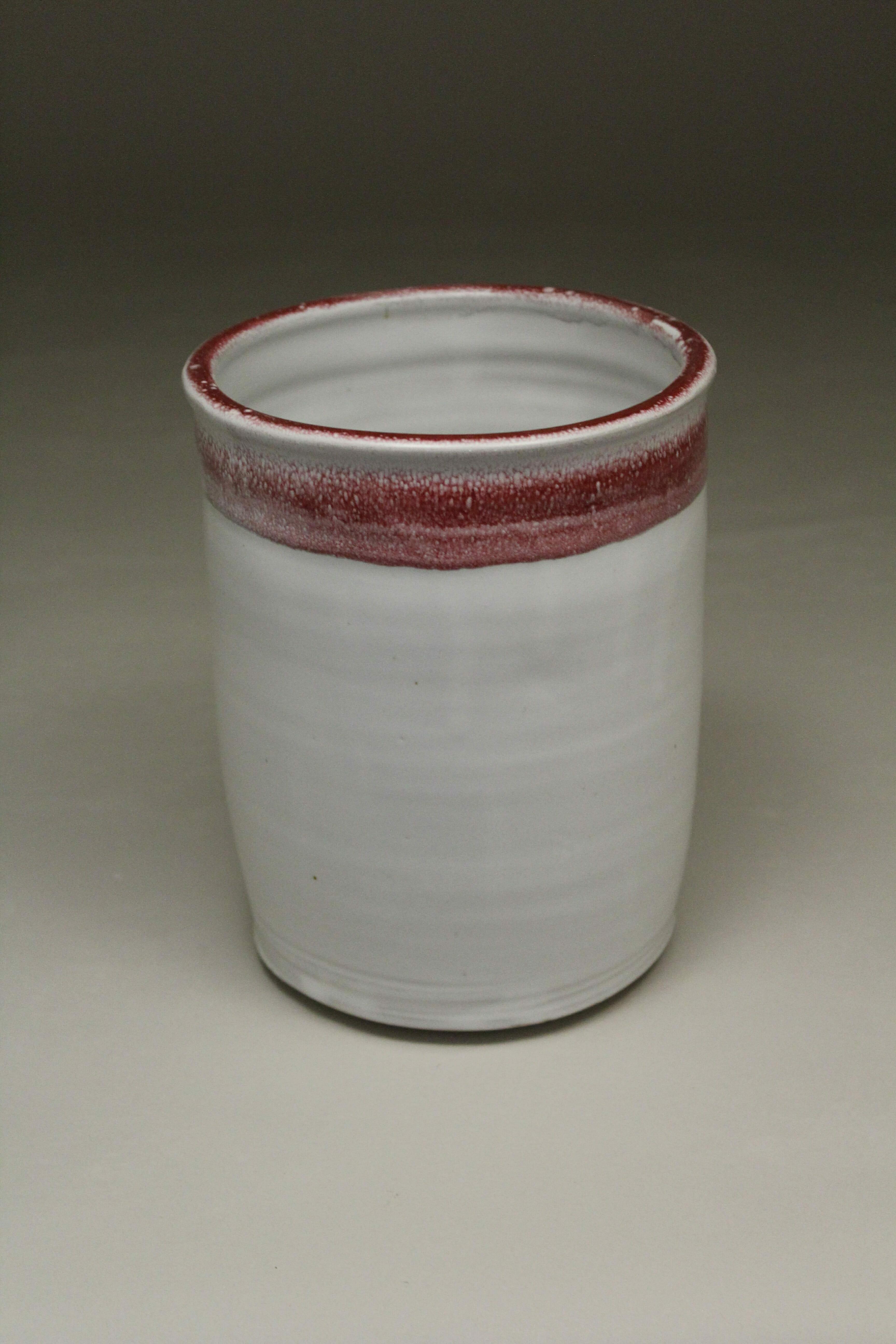 Utensil Holder Smooth Design in White and Red Glaze