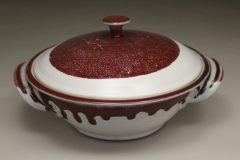 Microwave Vegetable Steamer Smooth Design in White and Red Glaze