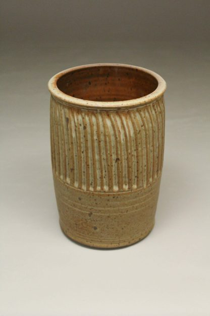 Utensil Holder Fluted Design in Spodumene Glaze