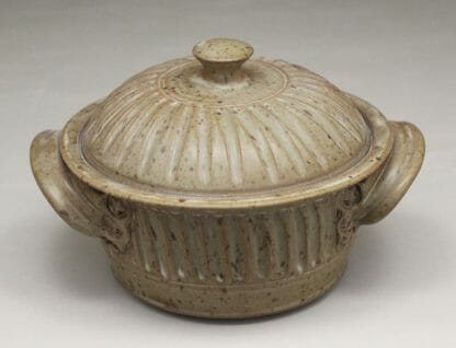 Small Casserole 3 with Lid Fluted Design in Spodumene Glaze